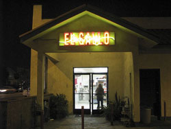 el Gallo Bakery Location